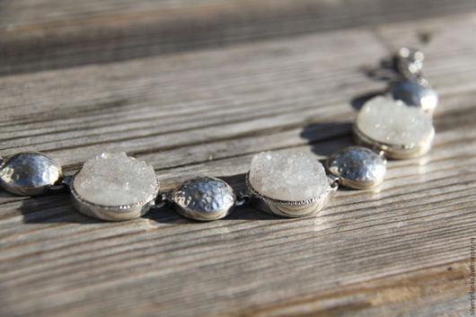 """Браслеты ручной работы. Ярмарка Мастеров - ручная работа. Купить Браслет """"Сахарный"""" с друзами белого оникса. Handmade. Кольцо с камнями"""