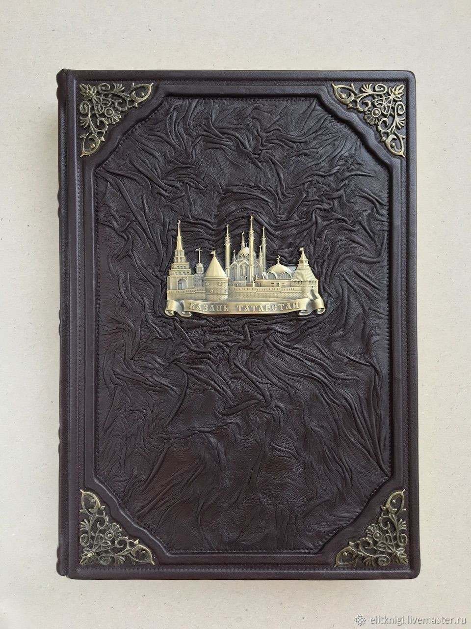 The book is about Kazan. Tatarstan (leather gift book), Gift books, Moscow,  Фото №1