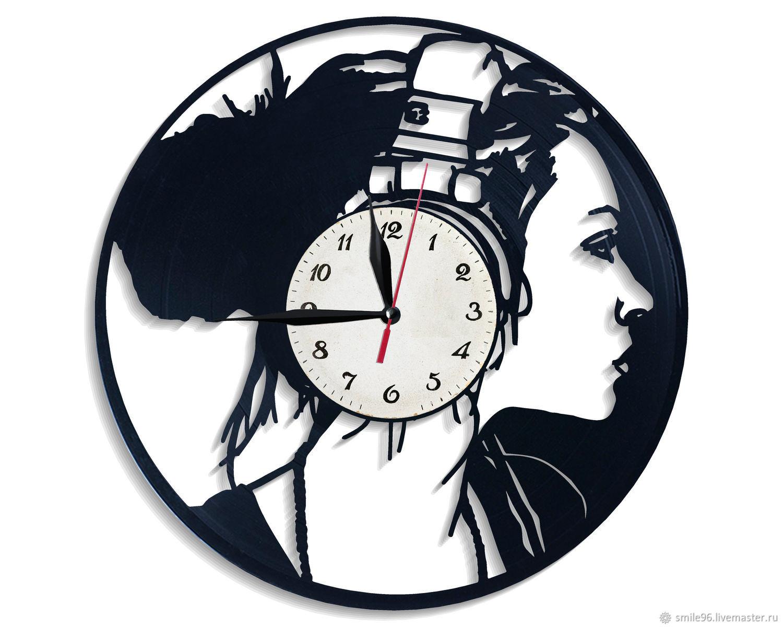 "Часы из пластинки ""Девушка XXI века"", Часы, Екатеринбург, Фото №1"