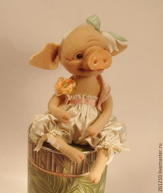 Игрушки животные, ручной работы. Ярмарка Мастеров - ручная работа. Купить Поросёнок мисс Рози , авторская валяная игрушка в подарок.. Handmade.