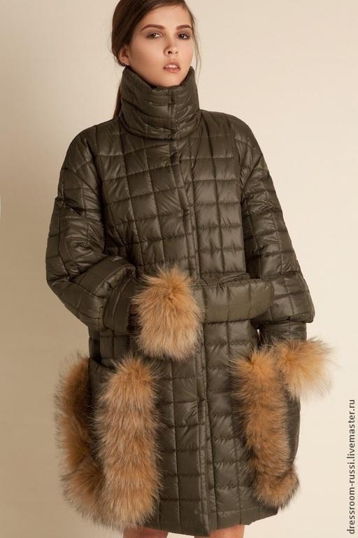 Верхняя одежда ручной работы. Ярмарка Мастеров - ручная работа. Купить Теплое пальто с мехом. Handmade. Тёмно-зелёный, кулон