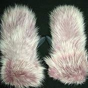 Аксессуары ручной работы. Ярмарка Мастеров - ручная работа Варежки из меха лисы (розовая осветленная). Handmade.