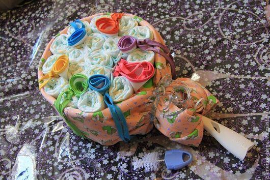 """Подарки для новорожденных, ручной работы. Ярмарка Мастеров - ручная работа. Купить Букет из памперсов """"Карамелька"""" торт из памперсов. Handmade."""