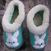 Обувь ручной работы. Ярмарка Мастеров - ручная работа Тапочки-чувяки из овчины 34 размер. Handmade.