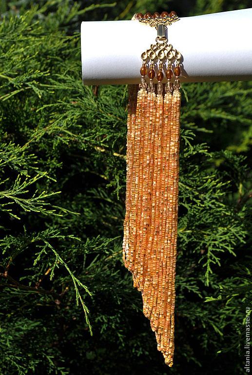 Массивное бисерное колье цвета меда и карамели. Короткое колье с бисерными нитями. Колье из бисерных нитей и бусин. Бисерные украшения от Altania.