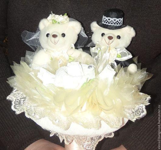 """Подарки на свадьбу ручной работы. Ярмарка Мастеров - ручная работа. Купить Букет из игрушек """"Свадебные мишки"""". Handmade. Разноцветный"""