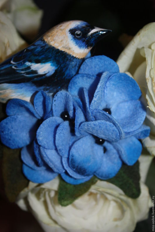 """Броши ручной работы. Ярмарка Мастеров - ручная работа. Купить Брошь """"Райская птичка"""". Handmade. Синий, украшение, райская птица"""