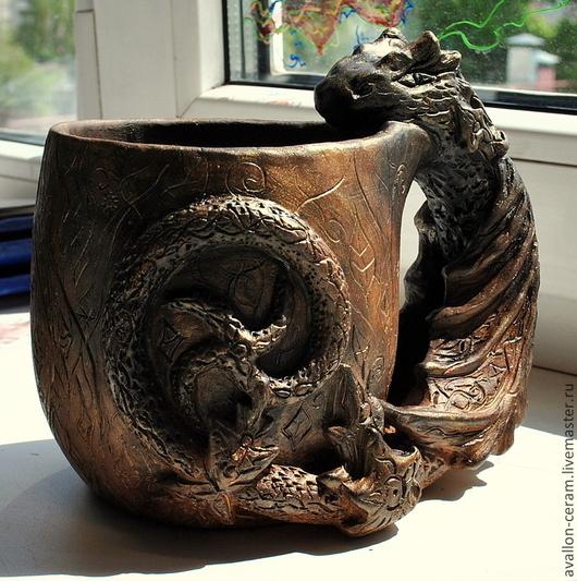 """Кружки и чашки ручной работы. Ярмарка Мастеров - ручная работа. Купить Кружка """"Дракон"""". Handmade. Коричневый, глиняная кружка, глазурь"""