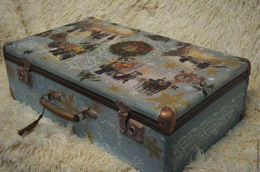"""Корзины, коробы ручной работы. Ярмарка Мастеров - ручная работа. Купить Новогодний чемодан""""Изящный век"""". Handmade. Голубой, новогодний интерьер"""