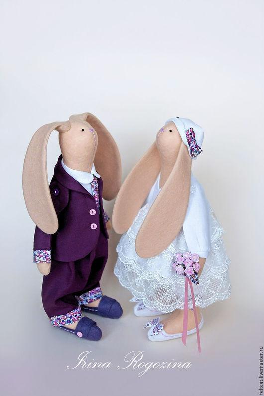 Подарки на свадьбу ручной работы. Ярмарка Мастеров - ручная работа. Купить Свадебные зайцы белый/бордовый подарок на свадьбу. Handmade.