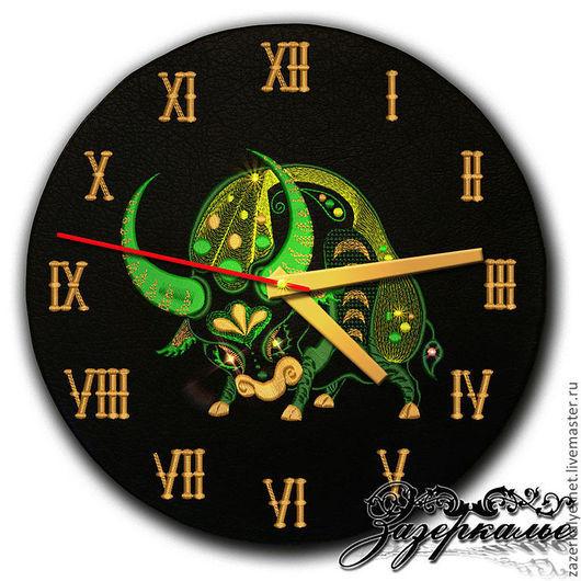 """Часы для дома ручной работы. Ярмарка Мастеров - ручная работа. Купить Часы из натуральной кожи """"Телец"""". Handmade. Часы интерьерные"""