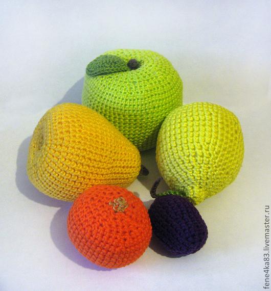 Еда ручной работы. Ярмарка Мастеров - ручная работа. Купить Вязаные фрукты. Handmade. Фрукты, банан, слива, развивающая игрушка