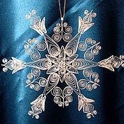 Подарки к праздникам ручной работы. Ярмарка Мастеров - ручная работа Новогодние снежинки (квиллинг). Handmade.