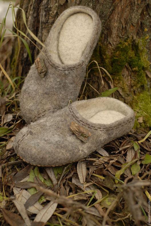 Обувь ручной работы. Ярмарка Мастеров - ручная работа. Купить тапочки валяные  ЭКО. Handmade. Серый, мужские тапочки