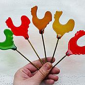 Для дома и интерьера ручной работы. Ярмарка Мастеров - ручная работа Петушок-леденец из стекла. Украшения в горшок для цветов.. Handmade.