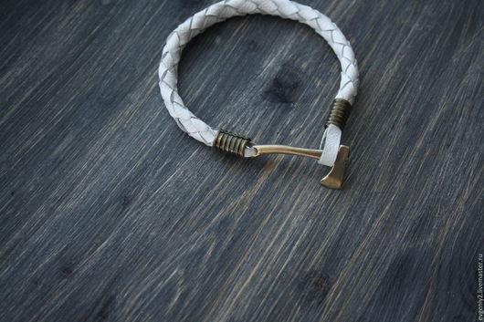 Браслеты ручной работы. Ярмарка Мастеров - ручная работа. Купить Кожаный браслет. Handmade. Белый, кожаный браслет, кожа