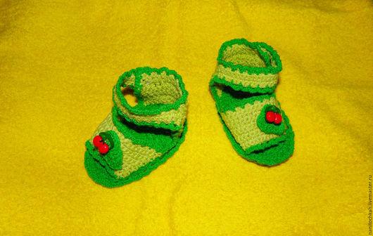 Для новорожденных, ручной работы. Ярмарка Мастеров - ручная работа. Купить Пинетки-сандалики Вишенка. Handmade. Ярко-зелёный