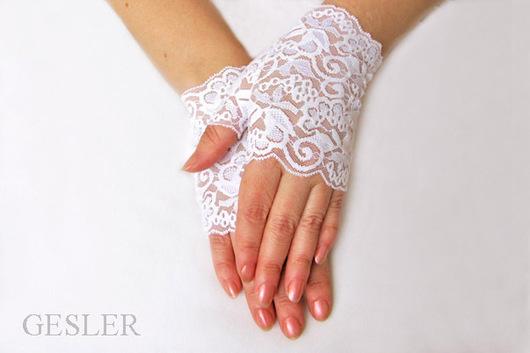 Митенки кружевные для невесты Белый свет