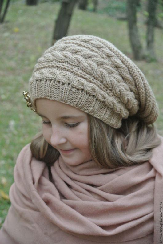Шапки ручной работы. Ярмарка Мастеров - ручная работа. Купить Вязаная шапка бини с косами. Handmade. Бежевый, Шапка с косами