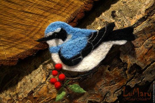 """Броши ручной работы. Ярмарка Мастеров - ручная работа. Купить Брошь """" птичка Каменка"""" войлок. Handmade. Комбинированный"""