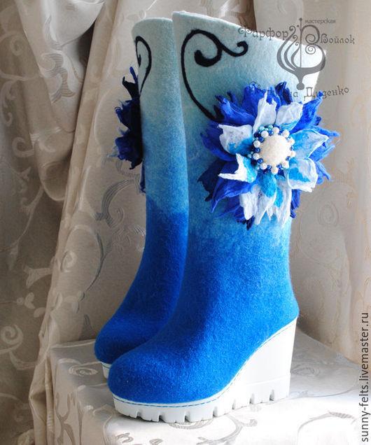 """Обувь ручной работы. Ярмарка Мастеров - ручная работа. Купить Сапоги валенки """"Веселая зима"""". Handmade. Синий, сапоги для девушки"""