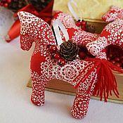 Куклы и игрушки ручной работы. Ярмарка Мастеров - ручная работа Новогодние игрушки (красные). Handmade.