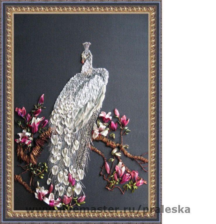 Вышивка птиц павлин