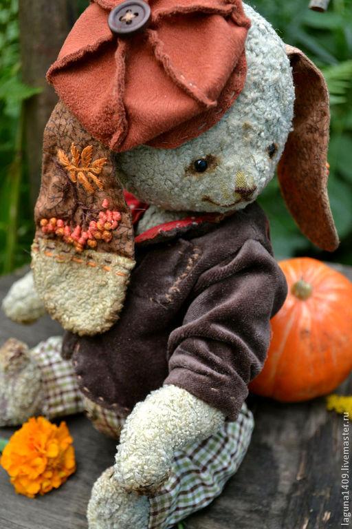 """Мишки Тедди ручной работы. Ярмарка Мастеров - ручная работа. Купить Плюшевый заяц """"Стасик"""". Handmade. Бежевый, листья"""