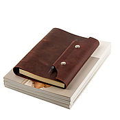 Канцелярские товары handmade. Livemaster - original item Leather notebook A5 on the rings, closing with a magnetic snap. Handmade.