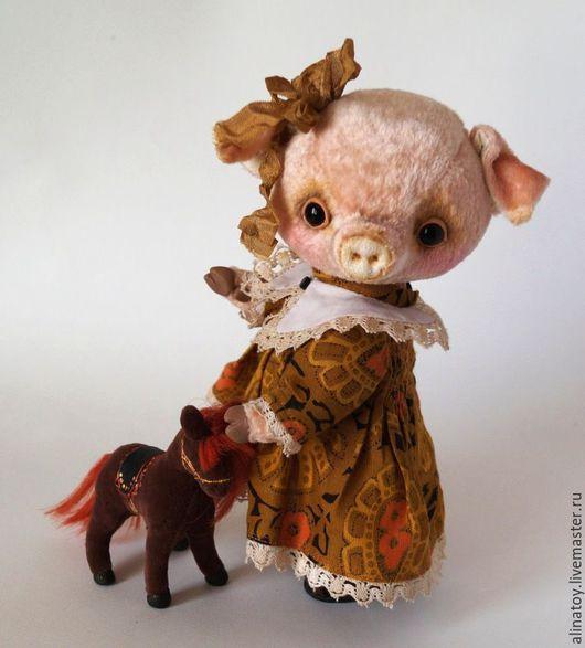 Мишки Тедди ручной работы. Ярмарка Мастеров - ручная работа. Купить Мэгги. Handmade. Бежевый, свинка в платье, ретро