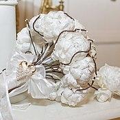 Свадебный салон ручной работы. Ярмарка Мастеров - ручная работа Брошь-букет цветов из натурального шёлка и бутоньерка. Handmade.