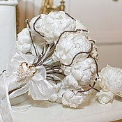 Свадебный салон handmade. Livemaster - original item Brooch-bouquet of flowers from natural silk and boutonniere. Handmade.