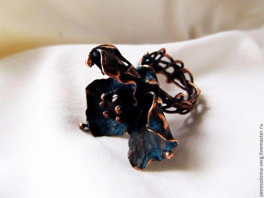 """Кольца ручной работы. Ярмарка Мастеров - ручная работа. Купить Кольцо """"Голубая кровь"""". Handmade. Мак, необычное кольцо, медь"""