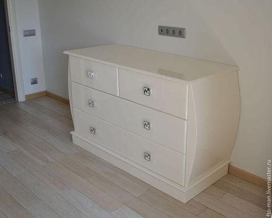 Мебель ручной работы. Ярмарка Мастеров - ручная работа. Купить Белый комод по итальянским мотивам. Handmade. Белый, глянец