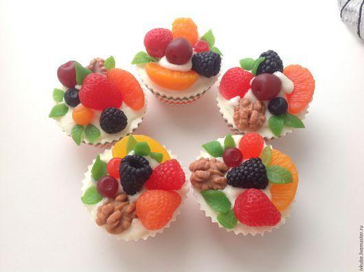 Персональные подарки ручной работы. Ярмарка Мастеров - ручная работа. Купить Мыло ручной работы. Десерт, ягоды, фрукты.. Handmade.