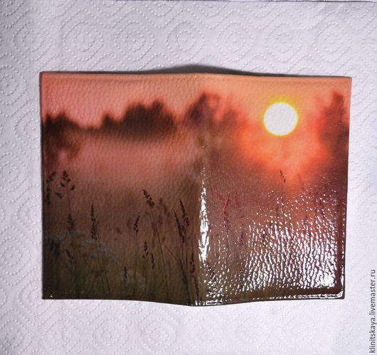 """Обложки ручной работы. Ярмарка Мастеров - ручная работа. Купить Обложка на паспорт """"Рассвет в лесу"""", подарок девушке, женщине.. Handmade."""