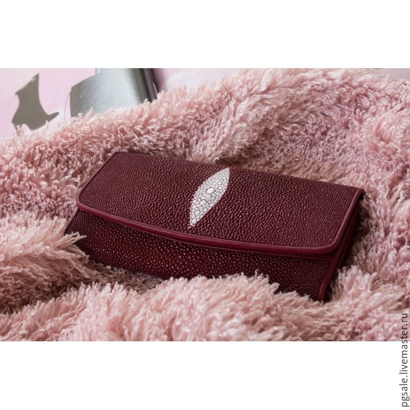 Wallet Burgundy Stingray Leather A Gift From Friend Woman