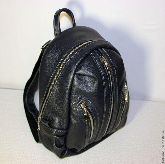 Рюкзаки ручной работы. Ярмарка Мастеров - ручная работа. Купить Рюкзак кожаный городской 26. Handmade. Тёмно-синий