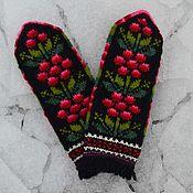 Аксессуары handmade. Livemaster - original item Mittens knitted handmade Berries - flowers. Handmade.