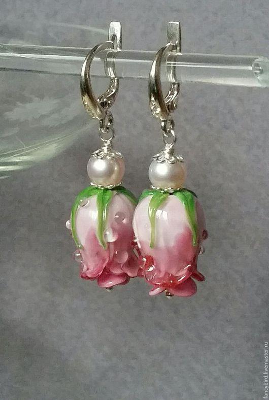 """Серьги ручной работы. Ярмарка Мастеров - ручная работа. Купить """"Утренние розы"""" серьги с розами лэмпворк и серебряными швензами. Handmade."""