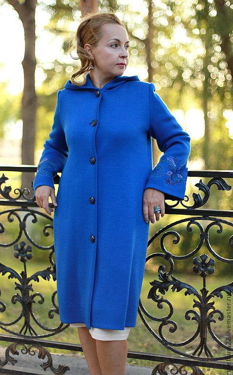 """Верхняя одежда ручной работы. Ярмарка Мастеров - ручная работа. Купить Вязаное пальто """"Королевская накидка-новая вышивка"""". Handmade."""