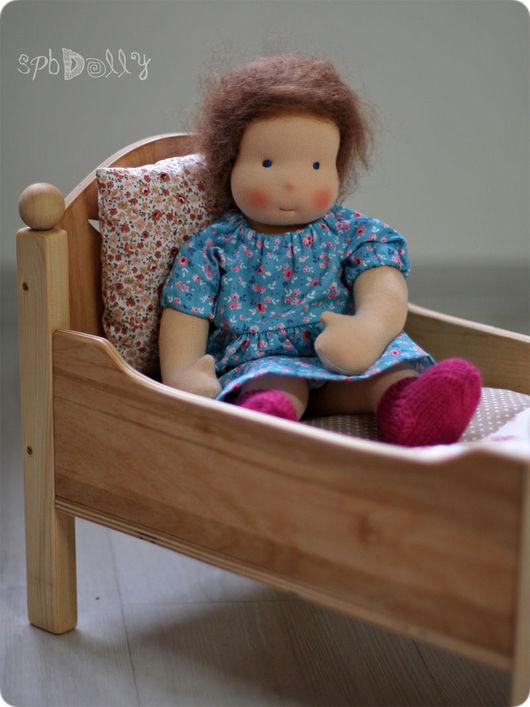 Кукольный дом ручной работы. Ярмарка Мастеров - ручная работа. Купить Кроватка для вальдорфской куклы с постельным бельем. Handmade. Бежевый
