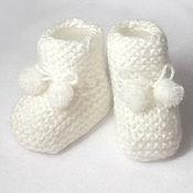 Пинетки ручной работы. Ярмарка Мастеров - ручная работа Пинетки для новорожденных (вязаные белый носочки). Handmade.
