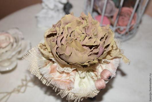 """Броши ручной работы. Ярмарка Мастеров - ручная работа. Купить Брошь """"Розовый песок"""". Handmade. Розы, подарок на новый год"""