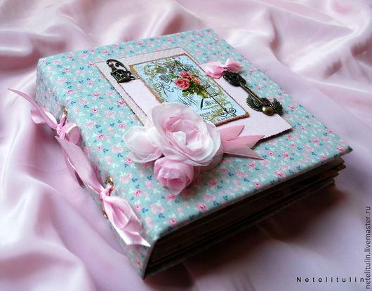 """Фотоальбомы ручной работы. Ярмарка Мастеров - ручная работа. Купить Фотоальбом """"Розовые розы"""". Handmade. Бледно-розовый, скрапбукинг фотоальбом"""