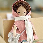 Куклы и игрушки ручной работы. Ярмарка Мастеров - ручная работа Пупс в розовом кейпе. Handmade.