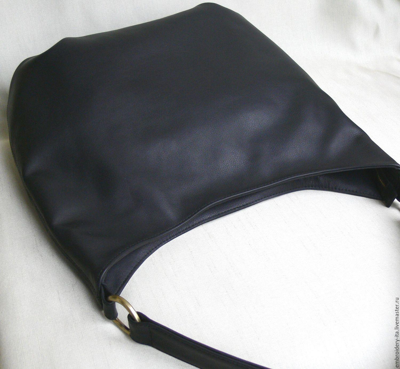 0e510389ecfd Женская кожаная сумка ручной работы. Цвет черный. Фурнитура - золото латунь.