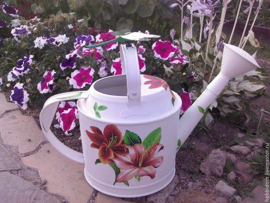 Лейки ручной работы. Ярмарка Мастеров - ручная работа. Купить Лейка садовая Лилии. Handmade. Лейка декупаж, для цветов