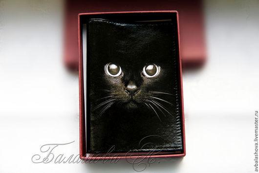 """Обложки ручной работы. Ярмарка Мастеров - ручная работа. Купить Обложка для паспорта """"Эти глаза"""". Handmade. Черный, чёрная обложка"""