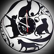 """Часы классические ручной работы. Ярмарка Мастеров - ручная работа Оригинальный подарок. Часы """"Кошки"""". Handmade."""
